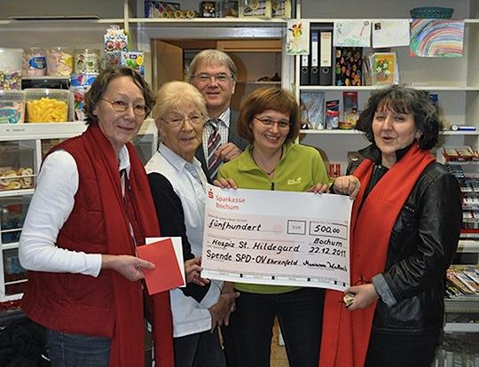 v. l. Hanne Ziemek, Elli Altegoer, Ulrich W. Kemner, Kathrin Gondermann, Marianne Wallach