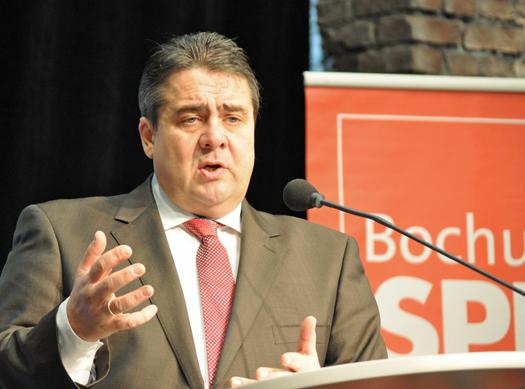 SPD-Vorsitzender Sigmar Gabriel machte sich in Bochum für eine bessere finanzielle Ausstattung der Kommunen stark.
