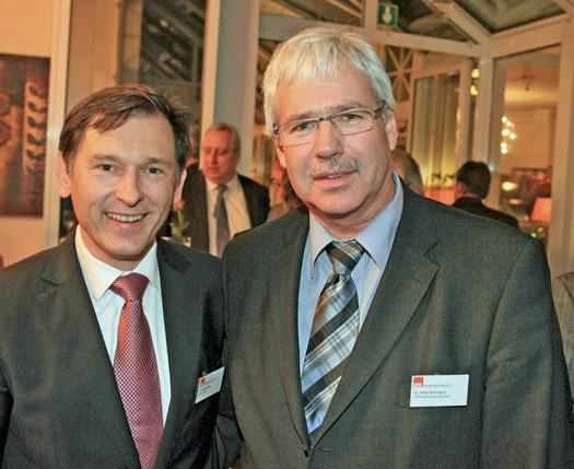 Neujahrsempfang der SPD-Ratsfraktion in Herne: Frank Dudda (li.) und sein Bochumer Kollege Peter Reinirkens. (Foto: SPD-Ratsfraktion Herne)