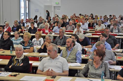 Über 100 Delegierte nahmen an dem Parteitag im Jahrhunderthaus der Gewerkschaften an der Alleestraße  teil.