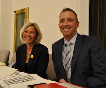 Andrea Busche, neue Bezirksbürgermeisterin im Osten, und Marc Gräf, jetzt Bezirksbürgermeister im Südwesten