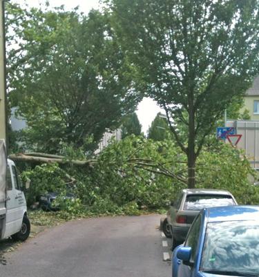 Eine Straße in Ehrenfeld am 10. Juni