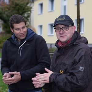 Bäume für Bochum: Bochums SPD-Vorsitzender Thomas Eiskirch mit dem NRWSPD-Generalsekretär André Stinka (Foto: Uwe Fry)
