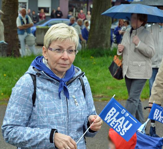 627. Maiabendfest: Die Präsidentin des NRW-Landtags Carina Gödecke, am Samstag (25. April 2015) auf dem Festplatz an der Castroper Straße in Bochum