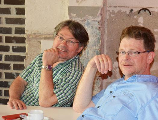 Auch die Bezirke waren vertreten, unter anderem mit Dirk Meyer (re.), dem Vorsitzenden der SPD-Fraktion im Bochumer Osten. Links: der sportpolitische Sprecher der SPD-Fraktion Peter Herzog.