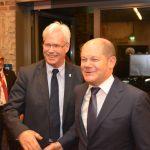 Neujahrsempfang der SPD Bochum 2016: Peter Reinirkens, SPD-Fraktionsvorsitzender von Bochum und Olaf Scholz, Erster Bürgermeister der Freien und Hansestadt Hamburg
