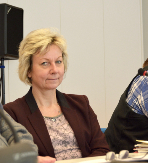 Martina Schnell ist Mitglied des Fraktionsvorstands und Vorsitzende des Ausschusses für Infrastruktur und Mobilität.