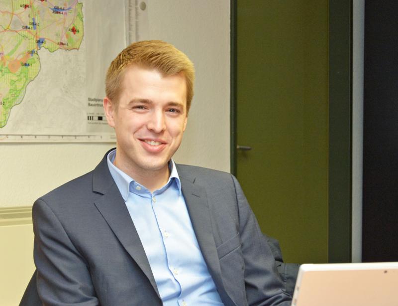 SPD-Ratsfraktion Bochum: Jonathan Ströttchen ist Mitglied der SPD-Ratsfraktion Bochum und Sprecher der SPD im Ausschuss für Schule und Bildung. (c) SPD-Ratsfraktion Bochum, 2017