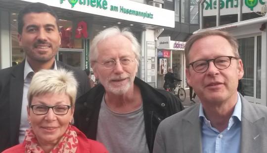 Unsere Drei für Bochum und Schauspieler Joachim Hermann Luger: Serdar Yüksel, Carina Gödecke, Joachim Hermann Luger, Karsten Rudolph.