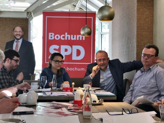 Pressekonferenz der SPD Bochum zur Bundestagswahl 2017 mit den Bundestagsabgeordneten und -kandidaten Michelle Müntefering und Axel Schäfer
