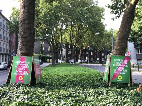 Die Grünen Bochum kritisieren hohe Anzahl der Wahlplakate (hier: Westring)