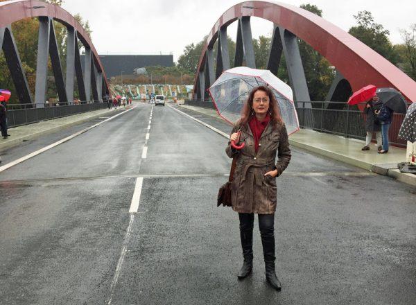 SPD-Ratsfraktion Bochum: Das Altenbochumer Ratsmitglied Simone Gottschlich bei der offiziellen Freigabe der Buselohbrücke am 6. Oktober 2017.
