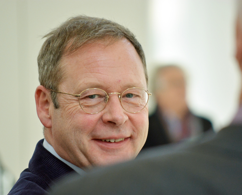 SPD-Ratsfraktion Bochum: Dr. Karsten Rudolph bei der Verabschiedung von Michael Townsend im Anneliese Brost Musikforum Ruhr. Rudolph ist Landtagsabgeordneter und Vorsitzender der Bochumer SPD.