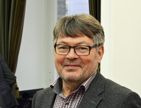 Peter Herzog ist sportpolitischer Sprecher der SPD im Rat der Stadt Bochum.
