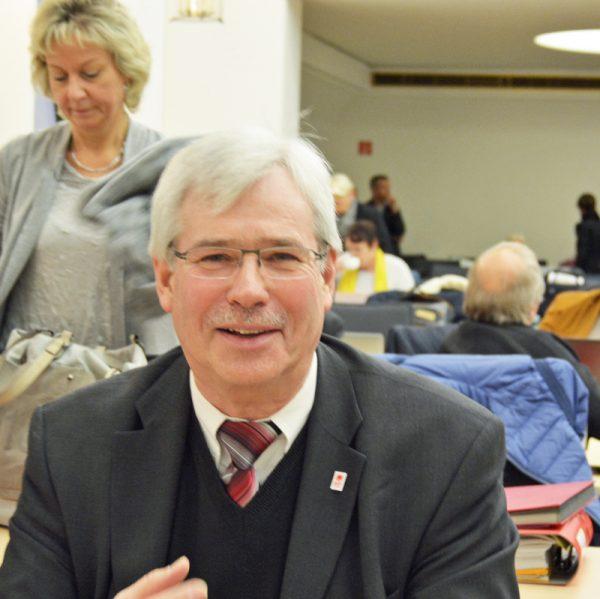 SPD-Ratsfraktion Bochum: Dr. Peter Reinirkens ist Vorsitzender der SPD im Rat der Stadt Bochum.
