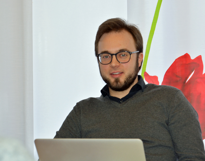 Dr. Bastian Hartmann