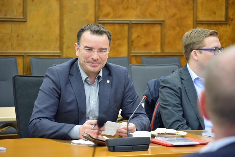 Michael R. Hübner (MdL) ist Vorsitzender der SPD-Ratsfraktion Gladbeck.
