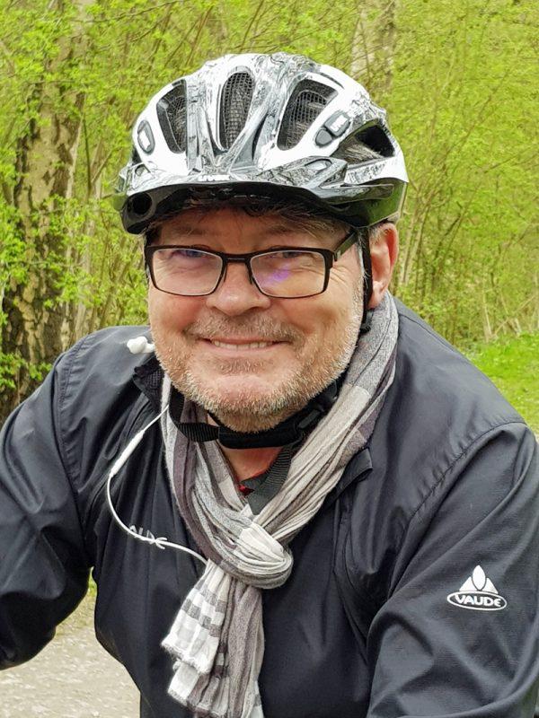 Peter Herzog ist sportpolitischer Sprecher der SPD im Rat. Die Rundfahrt führte übrigens auch durch seinen Wahlkreis Eppendorf.