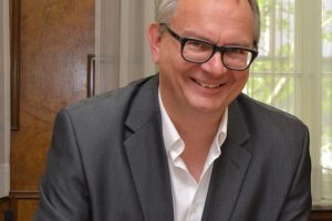 """Dr. Hans Hanke bringt das Thema """"Digitaler Nachlass-Service"""" in den Rat."""