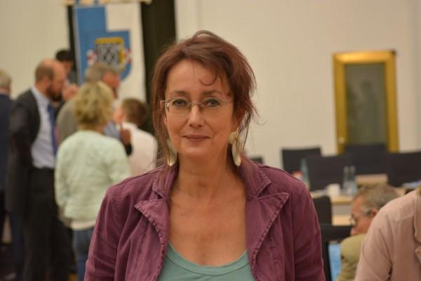 SPD-Ratsmitglied Simone Gottschlich hofft, dass die Vollsperrung der Wittener Straße schnell beendet werden kann.