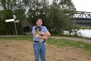 Klaus Hemmerling (SPD) setzt sich für mehr Hundewiesen in Bochum ein.
