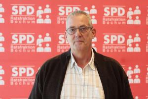 SPD-Ratsmitglied Reiner Rogall freut sich darüber, dass die Linie 368 bald häufiger fährt.