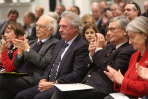 Festveranstaltung zu Ehren von Bernd Faulenbach und Christoph Zöpel: Blick auf die Jubilare und den Festredner