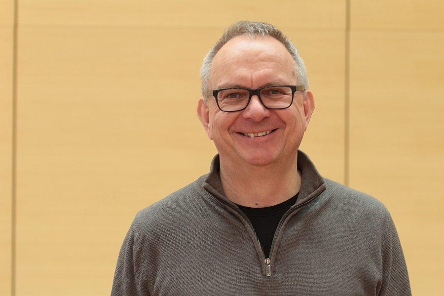 Dr. Hans Hanke setzt sich für die Stadtparkpflege ein.