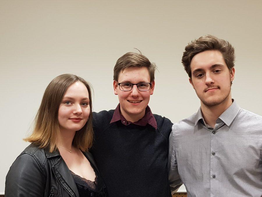 JSAG Bochum (Vorstand): Lara Werdehausen (stv. Vorsitzende der JSAG), Jan Eric Wolf (Vorsitzender der JSAG) und Vincent Louis Schlinkmann (stv. Vorsitzender der JSAG)