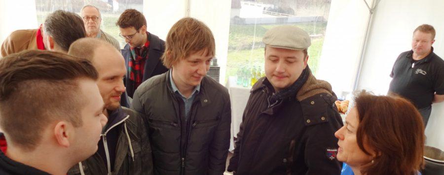 Katarina Barley (ganz rechts) im Gespräch mit Vertretern der Bochumer Jungsozialisten