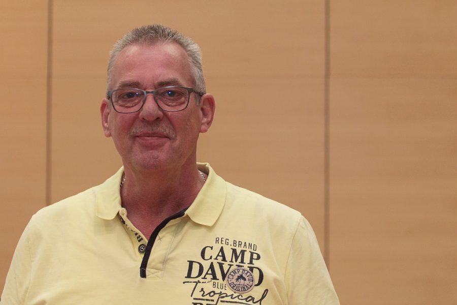 Reiner Rogall, verkehrspolitischer Sprecher der SPD im Rat der Stadt Bochum, hat sich dafür eingesetzt, dass der niederländische Griff bekannter wird.