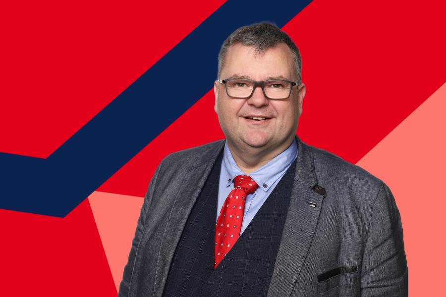 Jörg Czwikla setzt sich für die Entwicklung der Bochumer Nachhaltigkeitsstrategie ein.