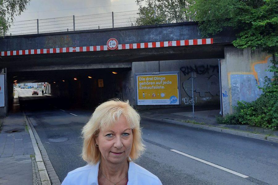 Martina Schnell